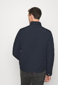 GANT - QUILTED WINDCHEATER - Chaqueta de entretiempo - evening blue - 2