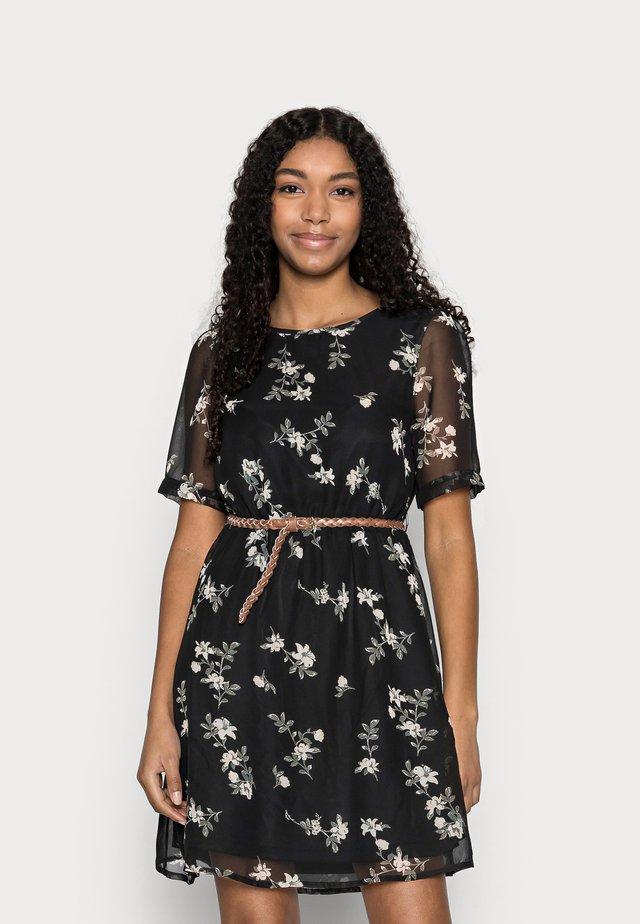 VMFALLIE BELT DRESS - Korte jurk - black