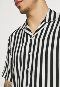 Denim Project - EL CUBA - Shirt - black/white - 5