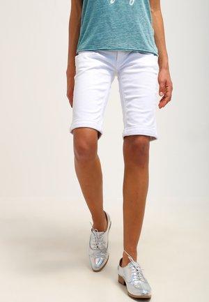 BELIXA - Denim shorts - white