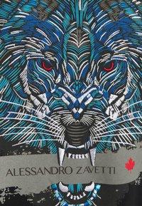 Alessandro Zavetti - SAVAGE WOLF TEE - Triko spotiskem - black - 2