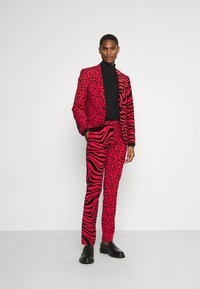 Twisted Tailor - GEHRY SUIT  - Suit - burgundy - 1