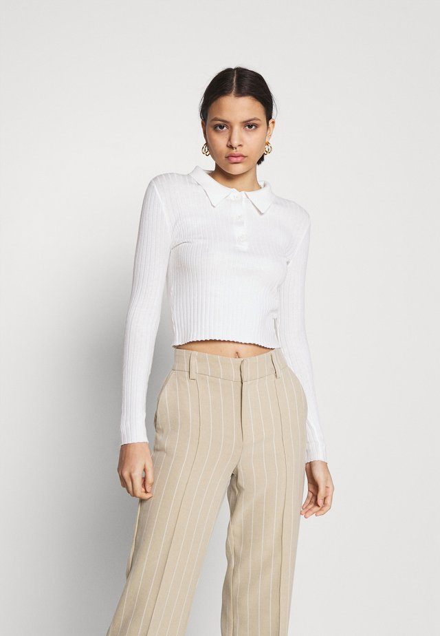 CARE SKINNY WITH COLLAR - Sweter - cream