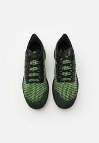 Nike Performance - AIR ZOOM PEGASUS 37 - Neutral running shoes - black/reflect silver/ghost green - 3