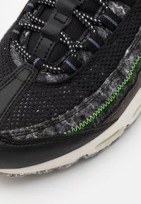 Nike Sportswear - AIR MAX 95 - Baskets basses - black/electric green/smoke grey - 7