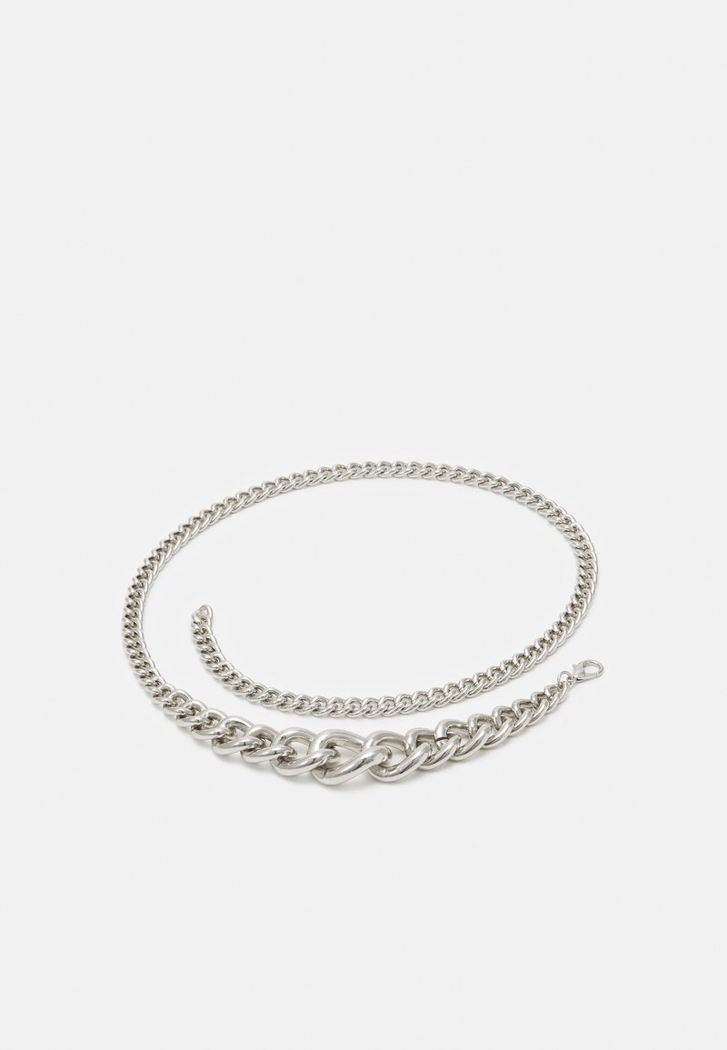 Pieces - PCMARTINE CHAIN WAIST BELT - Cinturón - silver-coloured