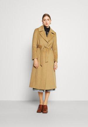 COAT CLARETA BELT - Classic coat - light camel