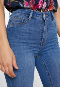Gina Tricot - MOLLY HIGHWAIST - Jeans Skinny Fit - midblue - 5