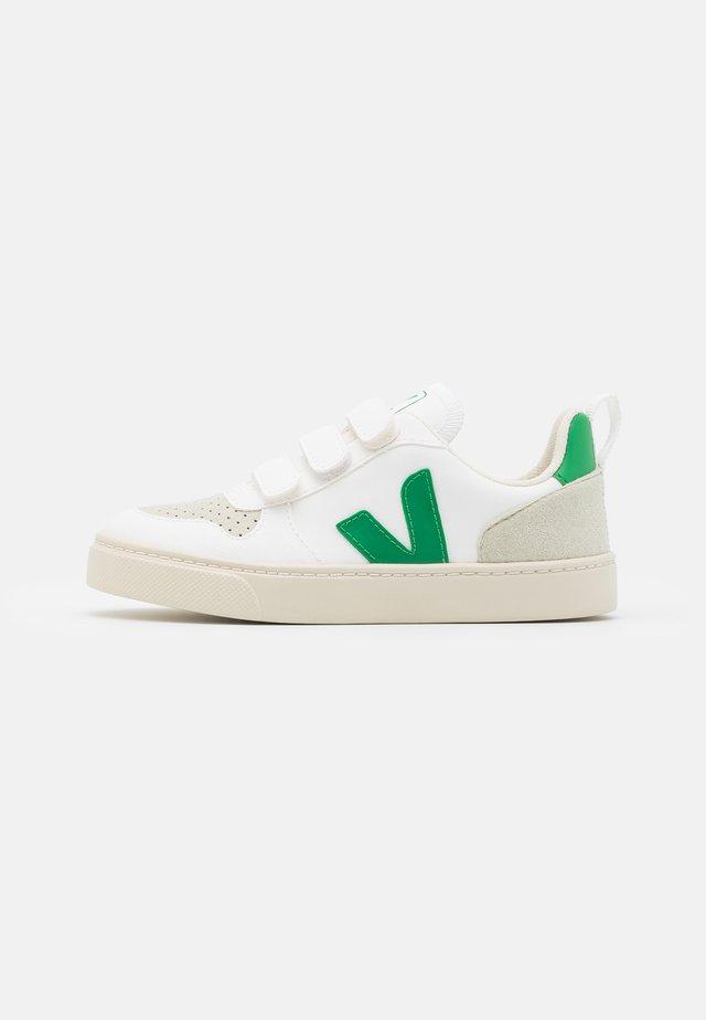 SMALL V-10 UNISEX - Sneaker low - white/emeraude