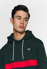 adidas Originals - SAMSTAG HOODY - Sweat à capuche - grnnit - 3
