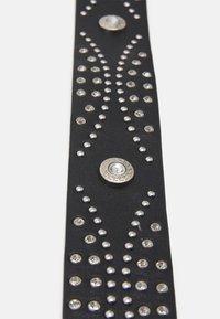 Pieces - PCISABELT WAIST BELT - Waist belt - black/silver-coloured - 3