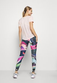 Nike Performance - EPIC LUX - Leggings - hyper pink/black/white - 2