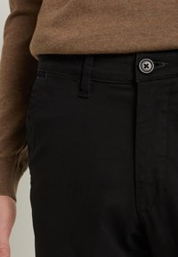 Selected Homme - SLHSLIM-MILES - Chino - black - 6