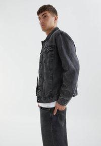 PULL&BEAR - Denim jacket - mottled dark grey - 3