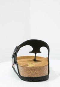 Birkenstock - GIZEH - T-bar sandals - schwarz - 5