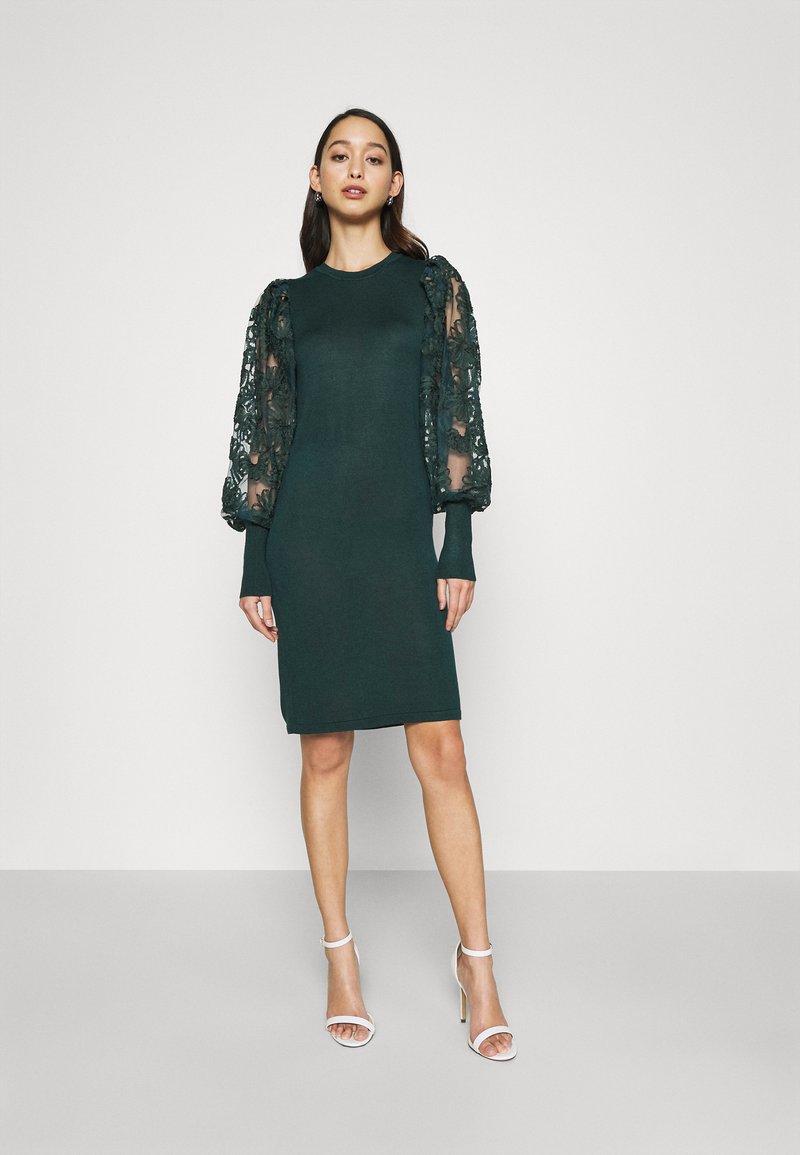 ONLY - ONLFLORA DRESS  - Robe pull - ponderosa pine