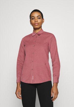 SHIRT - Košile - misty red