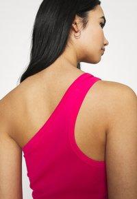 4th & Reckless - MARINA DRESS - Jersey dress - hot pink - 4