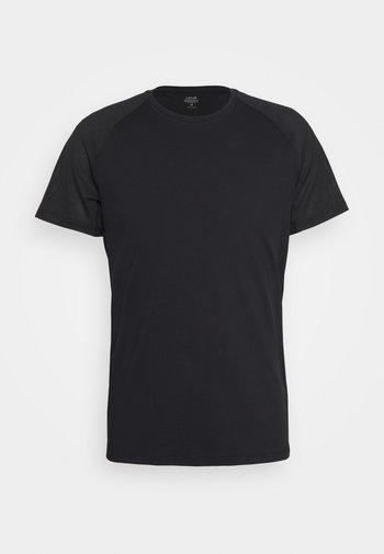 STRUCTURED TEE - Jednoduché triko - black