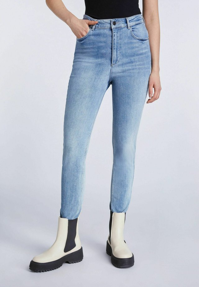 Jean slim - denim vintage b