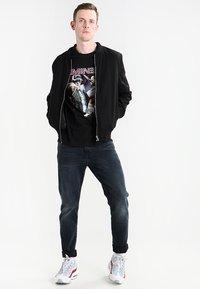 Mister Tee - EMINEM SLIM SHADY  - Print T-shirt - black - 1
