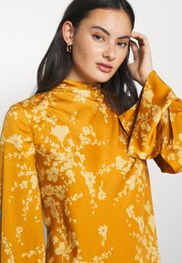 Free People - ARIES MINI - Day dress - golden combo - 4