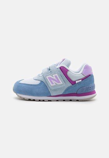 IV574SL2 - Sneakersy niskie - blue