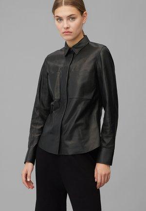Button-down blouse - pure black