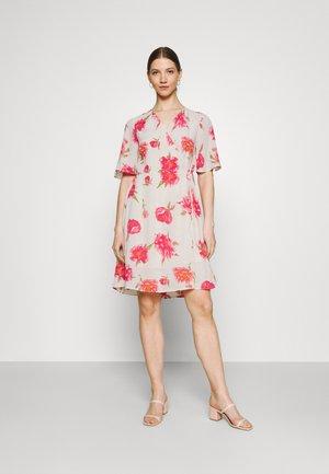 PCTIANNA DRESS - Day dress - buttercream