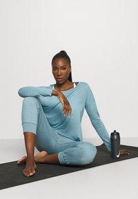 Nike Performance - Pantaloni sportivi - cerulean/light armory blue - 1