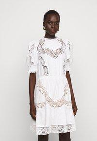 MICHAEL Michael Kors - EYELETS DRESS - Vapaa-ajan mekko - white - 0