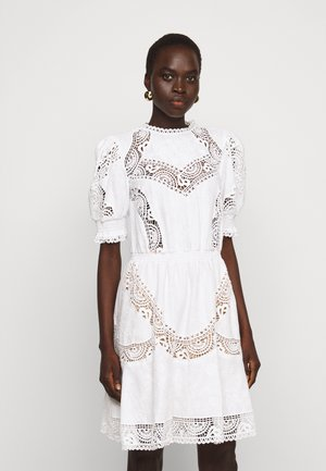 EYELETS DRESS - Kjole - white