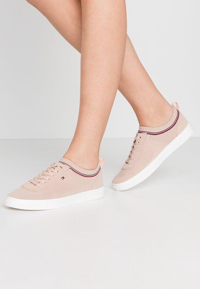 Zapatillas - cameo