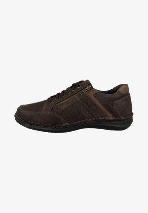 Sneakers laag - moro combi
