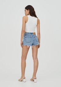 PULL&BEAR - Denim shorts - royal blue - 2