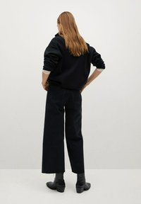 Mango - CAROLINE - Flared Jeans - black denim - 2