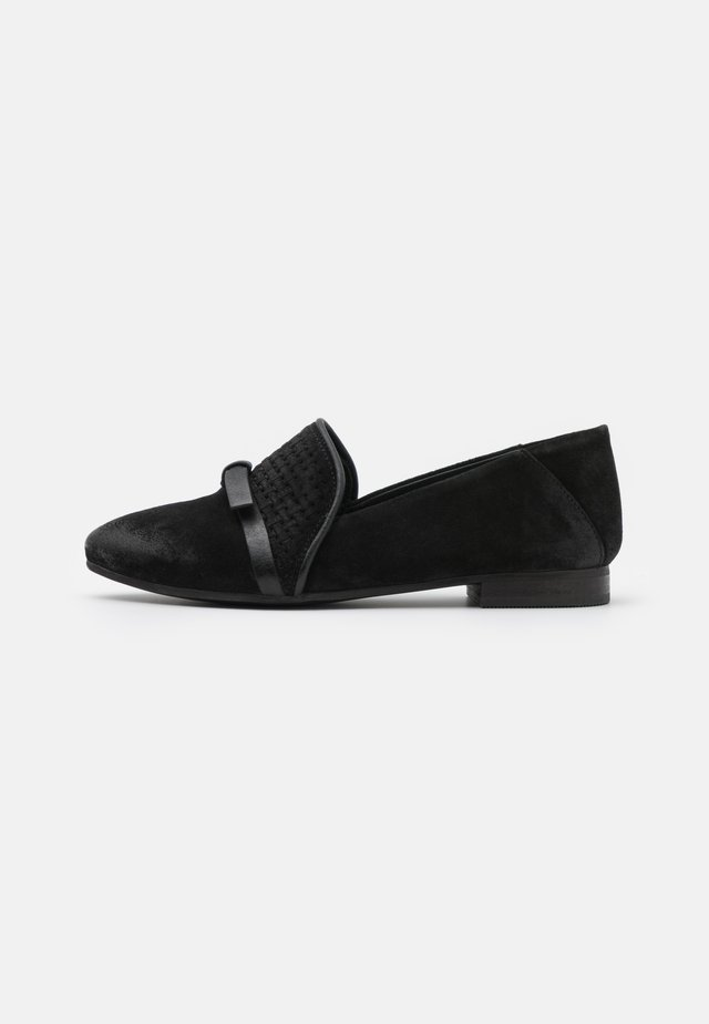 FLAVIA - Loaferit/pistokkaat - treccia black
