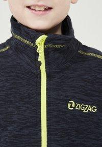 ZIGZAG - TAEBAEK KIDS ACTIV - Fleece jacket - 2048 navy blazer - 3