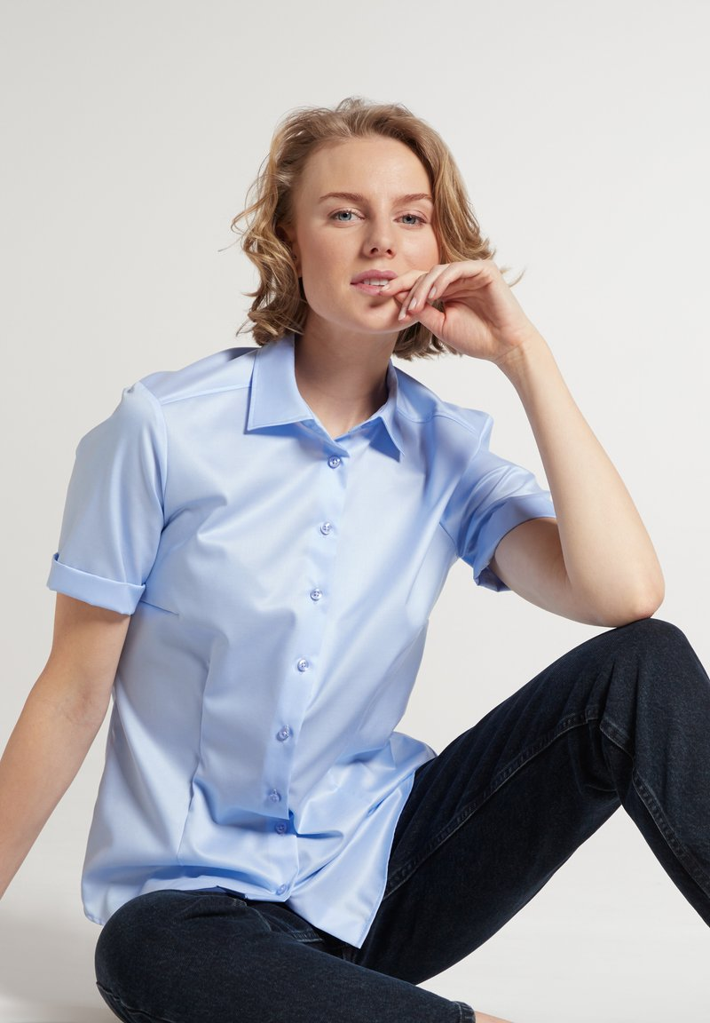 Eterna - MODERN CLASSIC - Button-down blouse - hellblau