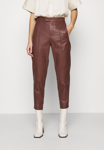 GROW - Leather trousers - cocco