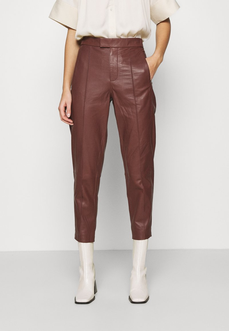 DAY Birger et Mikkelsen - GROW - Leather trousers - cocco