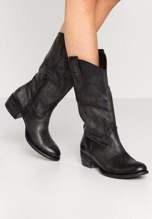 Cowboy/Biker boots - lavado