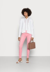 Tommy Hilfiger - COTTON VOILE RELAXED SHIRT - Button-down blouse - white - 1