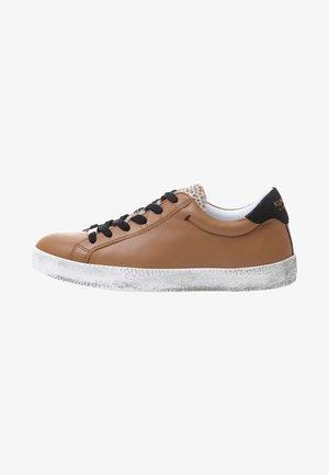 ALEX - Sneakers basse - brown
