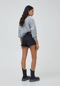 PULL&BEAR - Denim shorts - black - 2