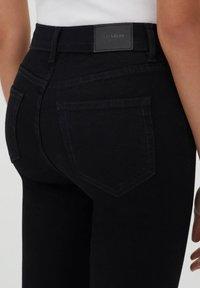 PULL&BEAR - Skinny džíny - black - 3