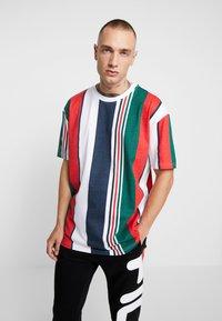 Urban Classics - HEAVY OVERSIZED BIG STRIPE TEE - Print T-shirt - white/navy - 0