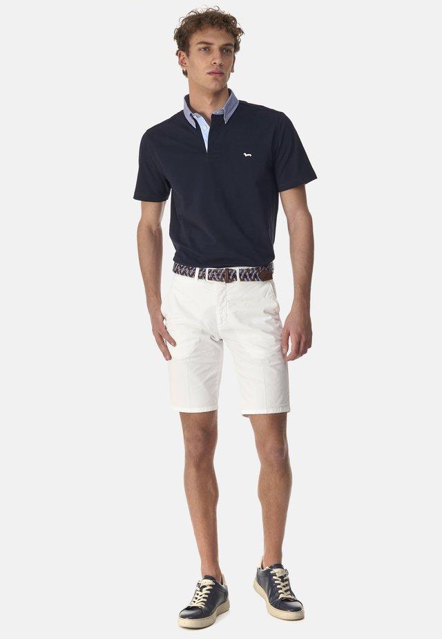 BASICO - Shorts - bianco