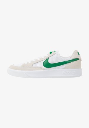 ADVERSARY UNISEX - Skate shoes - white/pine green