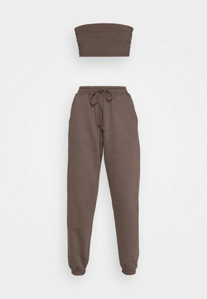 SET - Top - brown